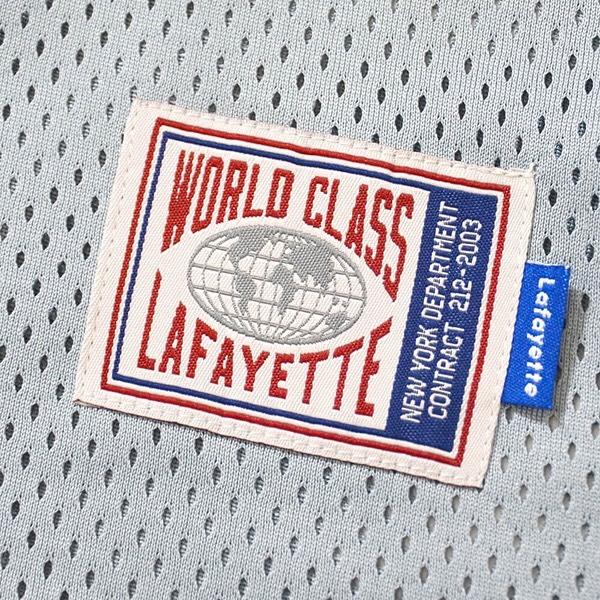 . LFT19SS073 NYLON POCKET MESH JERSEY PRICE : 9,000yen+tax . 通気性に優れたメッシュ素材仕様でオーバーサイズなシルエットが特徴のポケット付きメッシュジャージ。ファスナー付きのポケット部分はナイロン素材で仕上げ、リフレクター仕様のLFYTロゴを同色でプリント。裾部分には新しくデザインされたオリジナルのクラシックタグが付属。サマーシーズンのコーディネートにレイヤードでアクセントを加える新定番の必須アイテム。 .